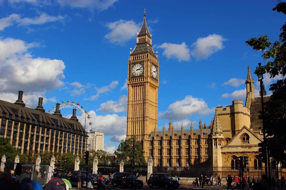 LETO U CENTRU LONDONA